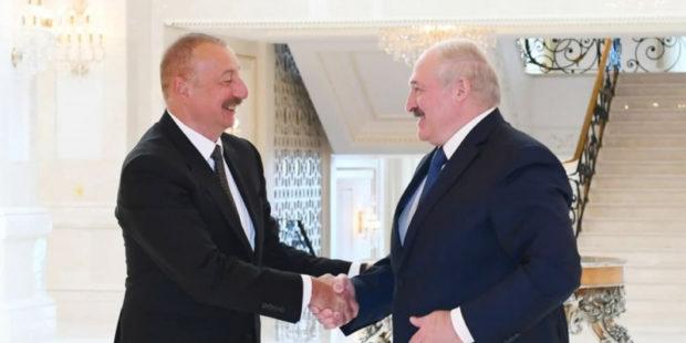 Серж был прав - Лукашенко рассекретил разговор с Алиевым о Карабахе
