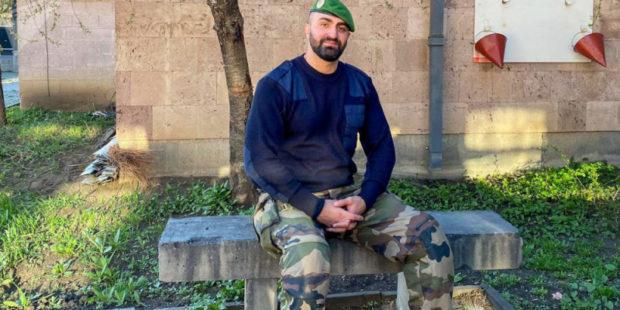 Военный психолог, прошедший Карабах, учит будущих солдат навыкам выживания