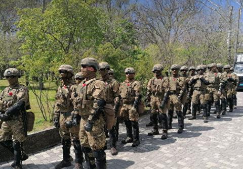 В Одессе силовики разогнали «Бессмертный полк» у памятника Неизвестному матросу