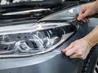 Для чего нужно бронирование фар у авто?