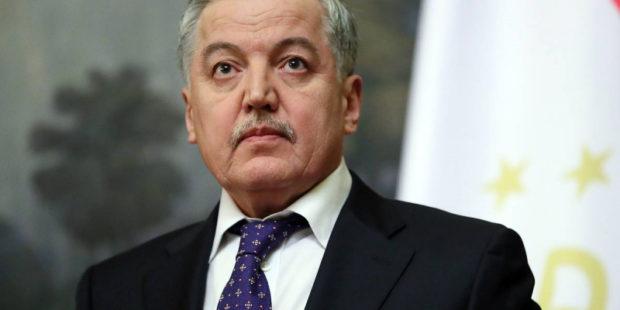 """Таджикистан обратился к Киргизии из-за конфликта: """"Это не угроза, а твердая геополитическая позиция"""""""