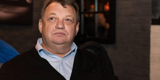 Резко всплыл: экс-глава украинской разведки Виктор Гвоздь умер во время дайвинга в Египте