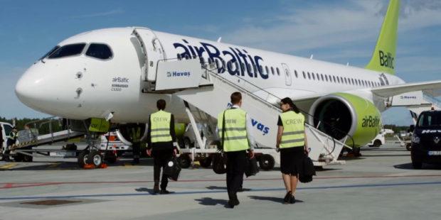"""Латвия подняла """"воздушный занавес"""" в ответ на приказ Лукашенко – airBaltic прекратила полеты над Белоруссией"""