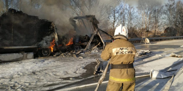 На трассе под Екатеринбургом МЧС предотвратили взрыв