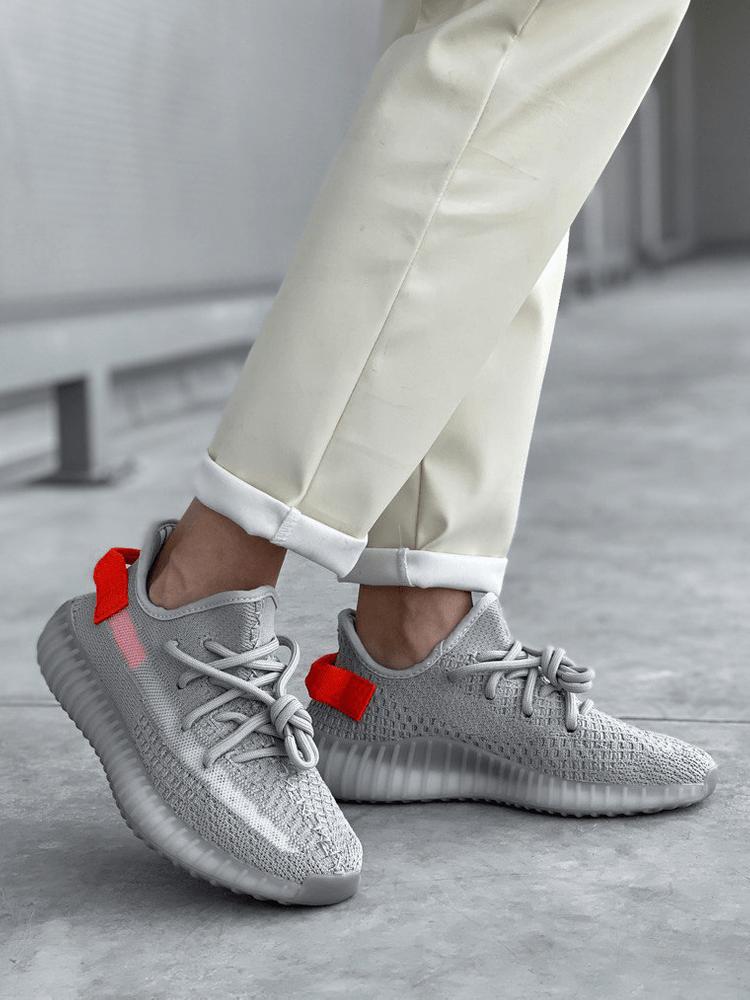 Кроссовки Adidas Yeezy Boost 350 v2: удобство и стиль