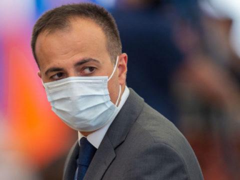 Аппарат премьера Армении не стесняет себя в премиях, оказавшихся больше фонда зарплаты