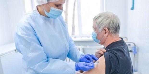 Депздрав собирает сведения о количестве вакцинированных сотрудников на предприятиях Ивановской области