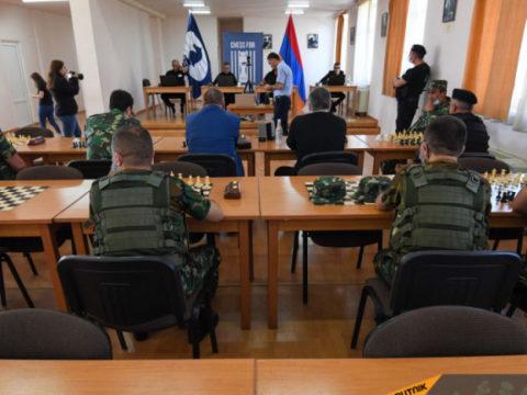 Если мат, то только на доске: в Ереване прошел онлайн-турнир ФИДЕ для заключенных