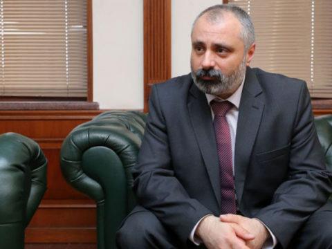 Глава МИД Карабаха привился российской вакциной против коронавируса