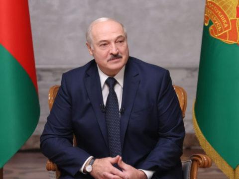 Лукашенко заявил о создании в Беларуси вакцины от COVID-19