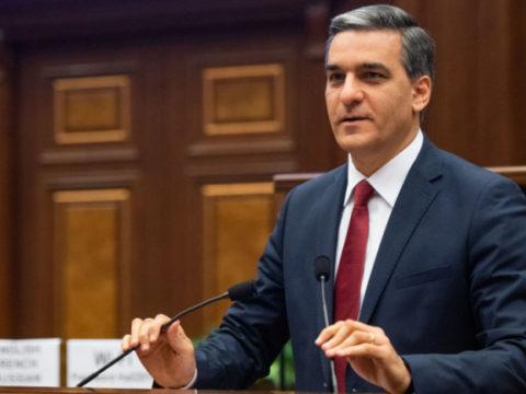 Омбудсмен Армении обвинил главу МИД Азербайджана в нарушении международного права