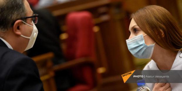 Партия Пашиняна пойдет на выборы самостоятельно