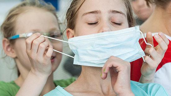 Раскрыли данные по заболеваемости коронавирусом среди детей в Ивановской области