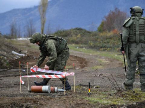 Российские саперы расчистили уже свыше 650 км дорог в Нагорном Карабахе
