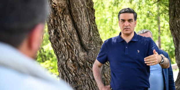 Татоян предостерег власти от ошибок советских времен при делении границ с Азербайджаном