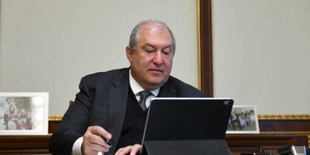 """Указом президента Армении """"уклонисты"""" от армии амнистированы"""
