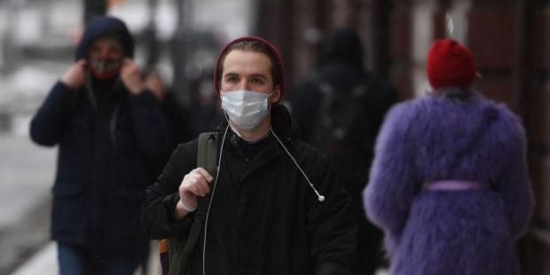 В Москве будет усилен контроль за ношением масок и перчаток