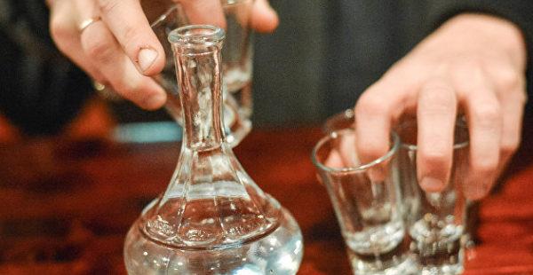 Верховная Рада признала провал борьбы с черным рынком алкоголя и горючего