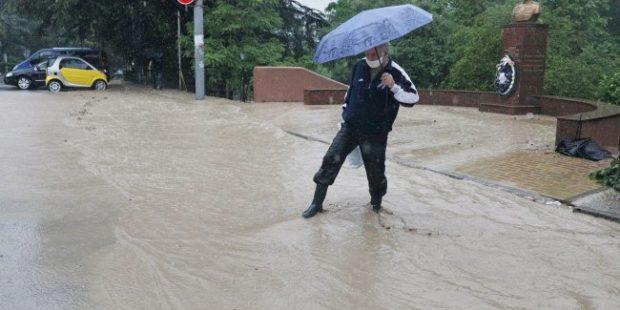 Число пострадавших при наводнении в Ялте увеличилось до 43