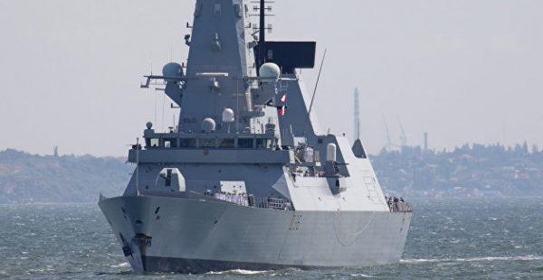 Секретные планы крымской провокации британского флота обнаружили на автобусной остановке