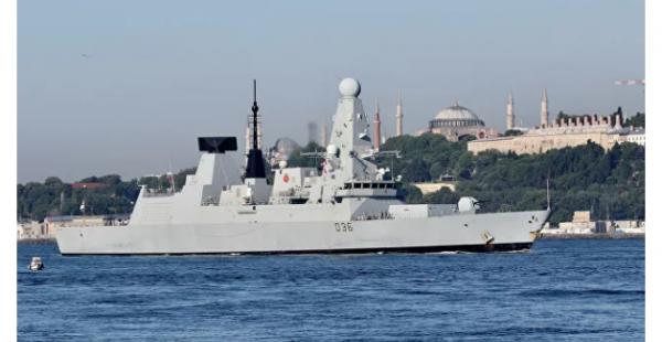 В Крыму назвали провокацией заход эсминца Британии в территориальные воды РФ