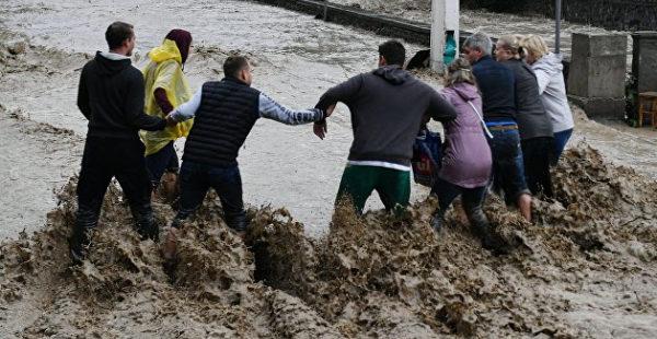 В Ялте сообщили о пострадавших от потопа