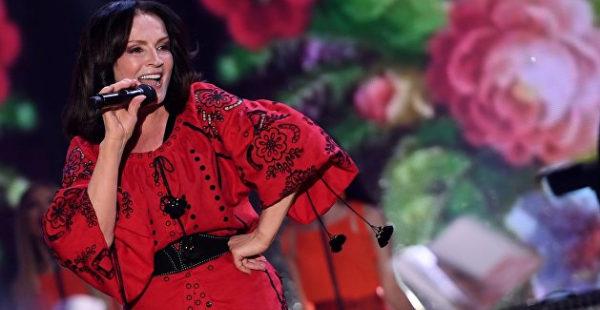 Экс-солист «Песняров» Дайнеко признался в чувствах к Ротару и «нападении» ее мужа