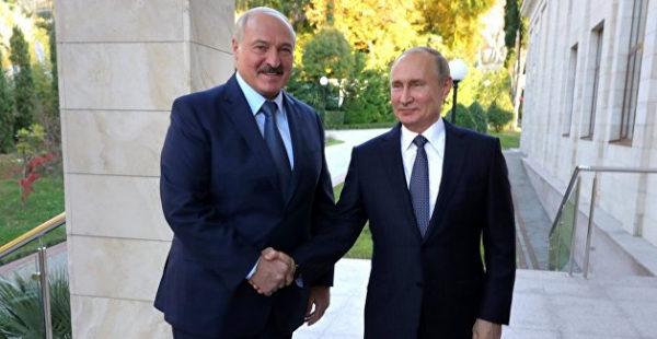 «Лукашенко отматывает, Путин не позволяет». Третьяков о том, что теперь должна понимать Белоруссия