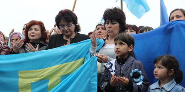 Киев и Одесса с размахом отметили День крымскотатарского флага