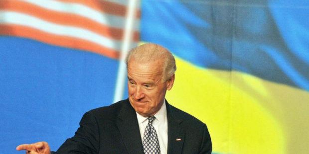"""Граждан Америки разозлили усердия Киева исказить слова Байдена: """"Конфликт будет"""""""