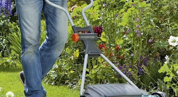 Аккумуляторная газонокосилка Gardena: ровный газон на даче