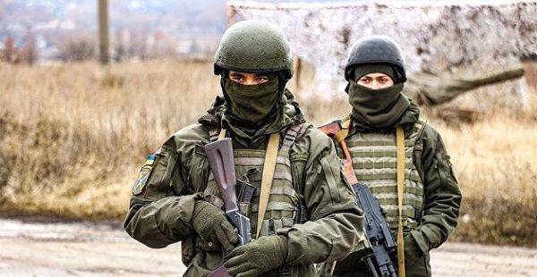 Украинские военные в ярости: Минобороны им не платит, но купается в роскоши