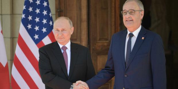 """Ярчайший момент встречи Путина и Байдена озвучили в Швейцарии: """"Глава РФ не ходит вокруг да около"""""""