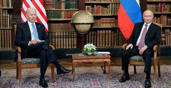 Третьяков предположил, что Путин в ходе личной встречи сказал Байдену насчет Белоруссии