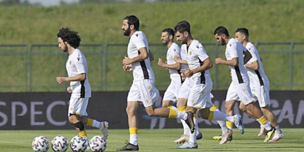 Давления на армянскую сборную со стороны фанов не будет - прогноз бывших футболистов