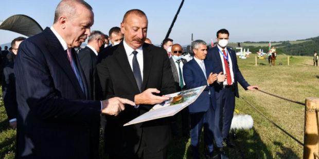 Эрдоган не исключил возможности создания военной базы в Азербайджане