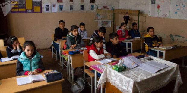 Как в Армении собираются решить проблему учителей