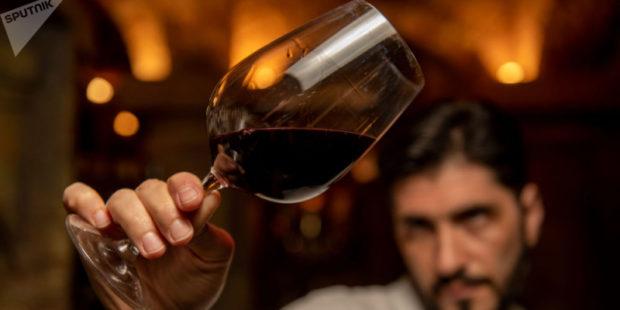 На карте можешь не найти, но вино попробуй: в США призвали пить армянское красное