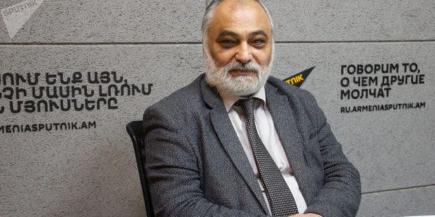 """Не думаю, что Ереван согласится на """"коридор"""" - Рубен Сафрастян"""