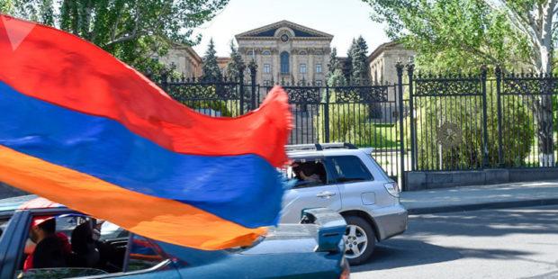 """Предвыборный PR от """"а"""" до """"я"""": на чем ставят акцент армянские политические силы"""