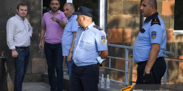 Прокуратура Армении обосновала арест профессора Чарчяна