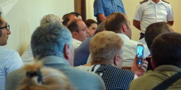 Следующее заседание по делу Кочаряна и Геворкяна назначено на 29 июня.