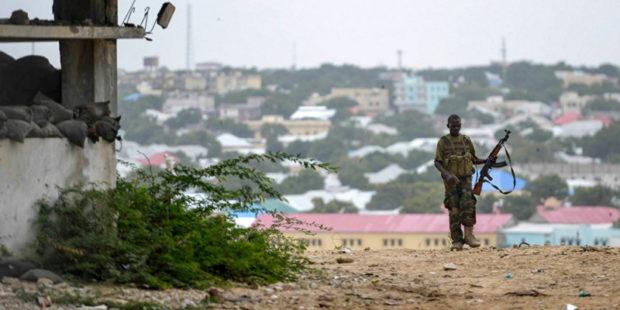 Теракт в Сомали - погибли более 20 человек