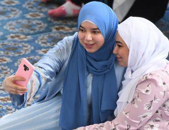 В Узбекистане снят запрет на ношение хиджабов