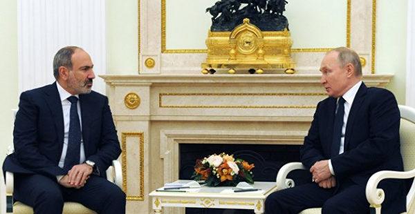«Ритуальные пляски». Гаспарян рассказал, чего конкретно Россия хочет от Армении