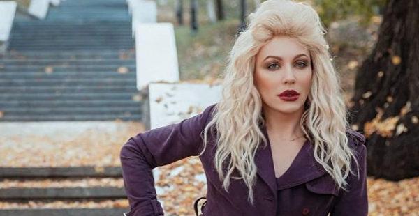 Трансвестит вызверился на украинское ТВ за отказ показывать целующихся мужчин