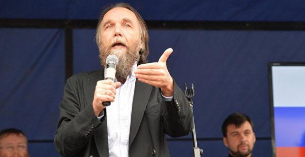 Философа Дугина оштрафовали за неправильное упоминание «Правого сектора»*