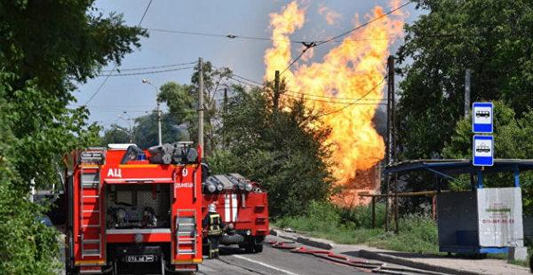 «Огонь виден из центра города»: Донецк сотряс взрыв