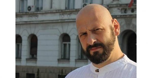 Даниэл Симич: кто он