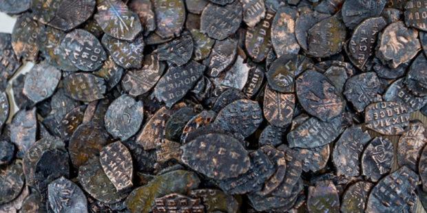 Археологи обнаружили клад в амфоре - всего 80 монет эпохи Юстиниана
